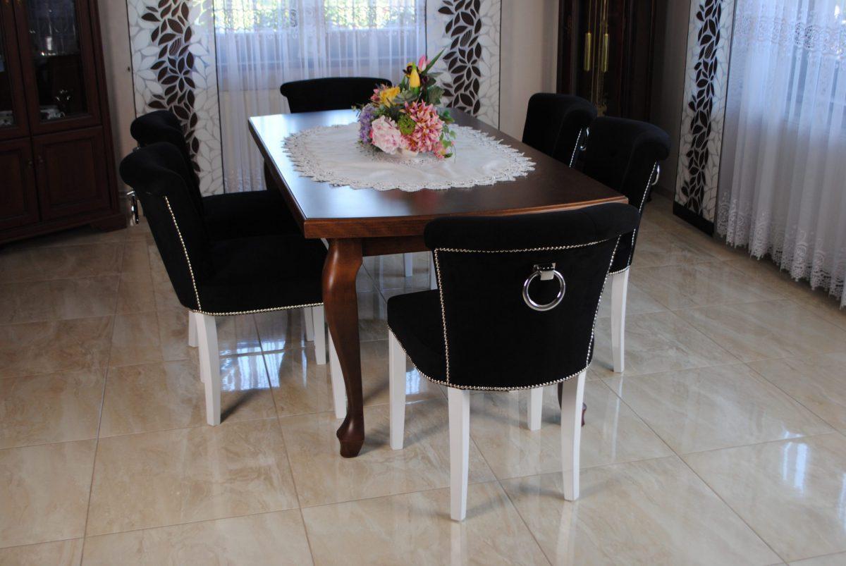 Zestaw nr 13 stół + krzesła pikowane