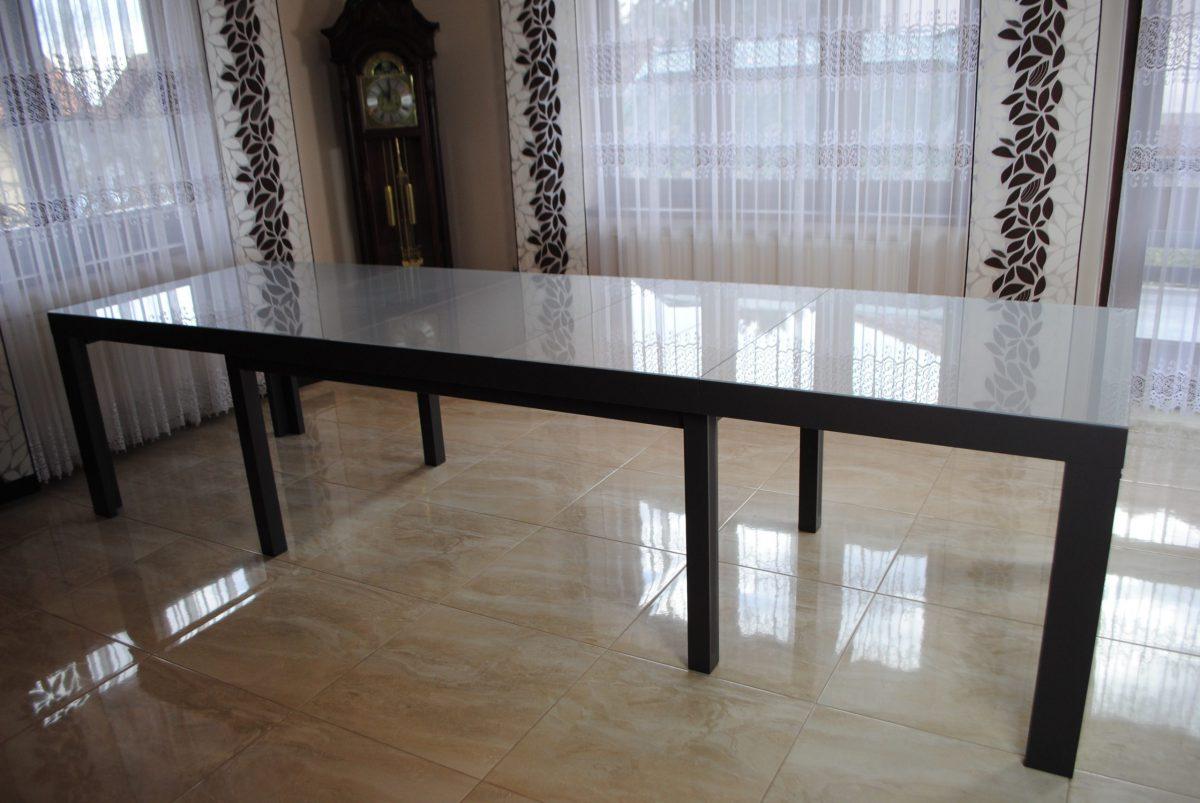 Stół z szybą 8- nóg