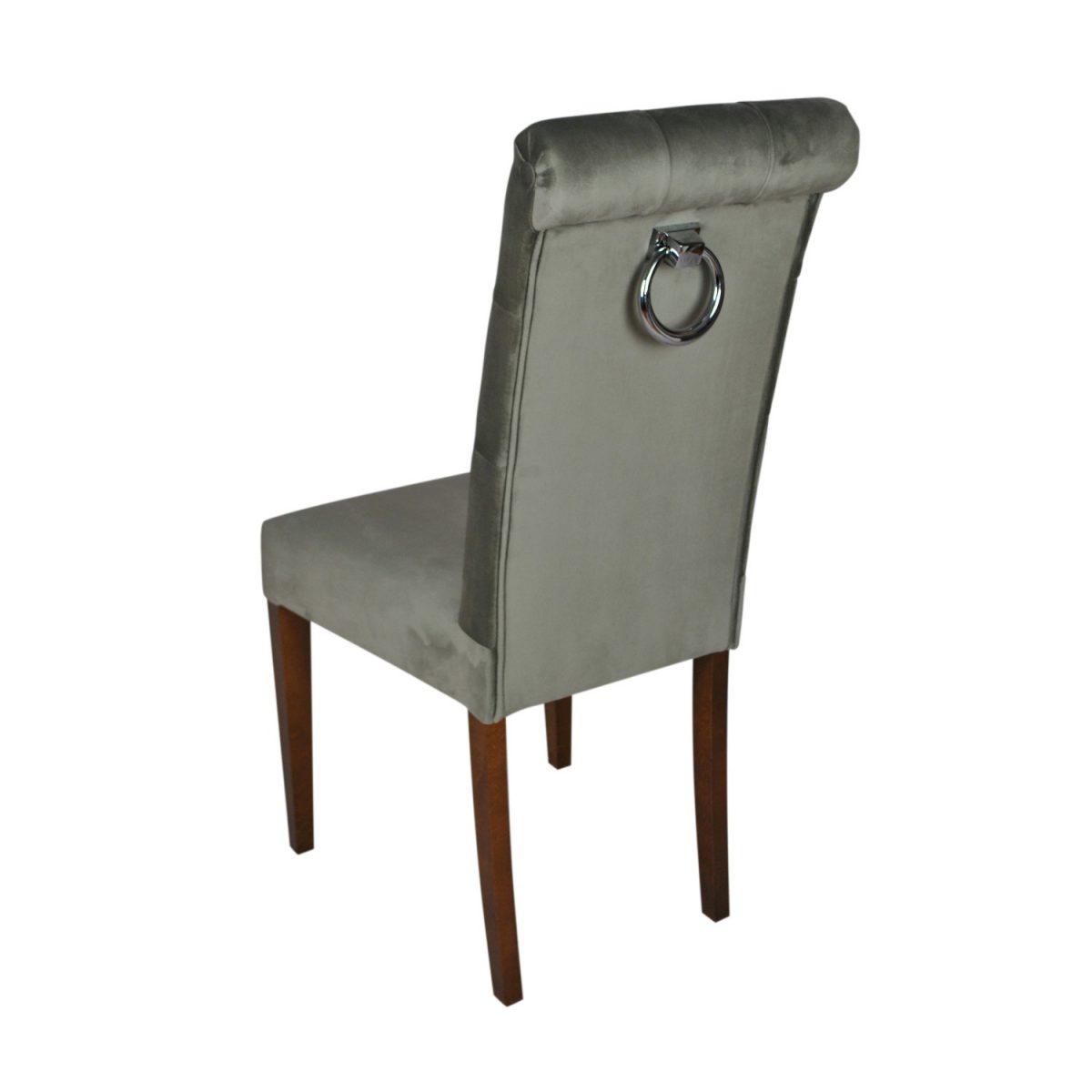 krzeslo-z-kolatka-pikowane